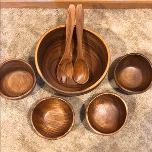 Pottery Barn Salad Bowl Set